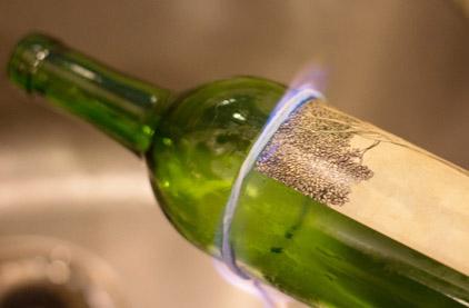 przecinanie butelki